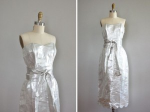 see Dear Golden Vintage's Etsy page for more beautiful clothing